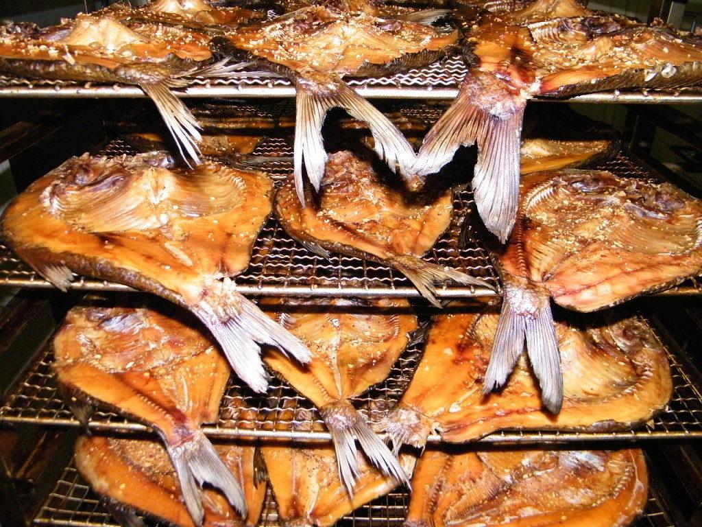 Можно замораживать рыбу горячего копчения